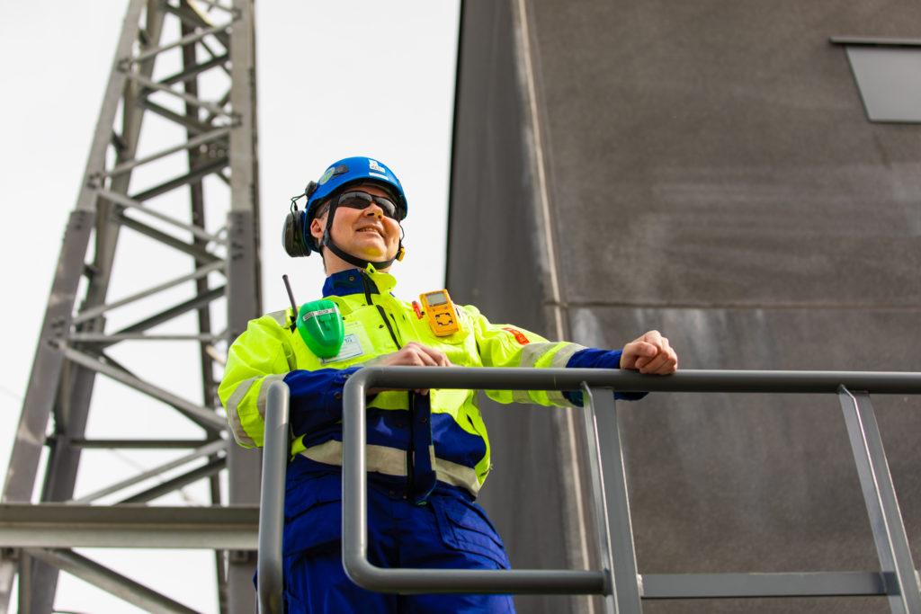 Safety first! - Kyntkinlaitosasentaja Otollinen
